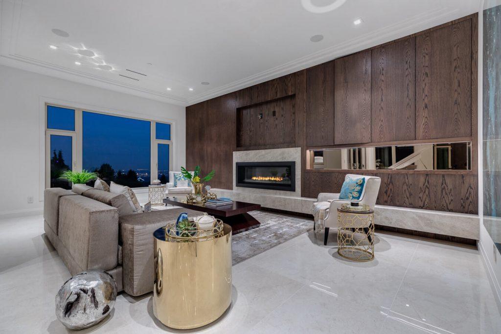 Crestline Road living room